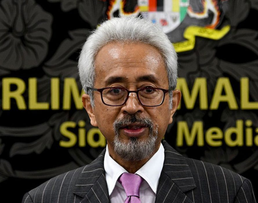 Deputy minister highlights the hypocrisy of M'sian politicians