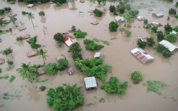 Cyclone Idai: Mozambique president estimates 1,000 may have died