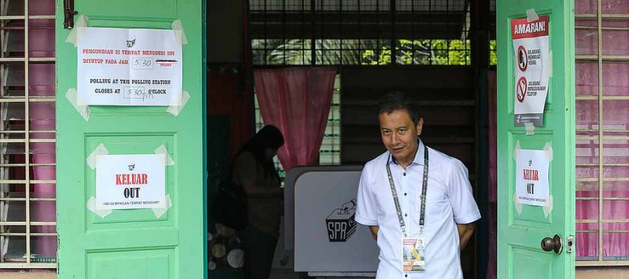 Azhar Harun: Political parties stubbornly maintain campaign booths