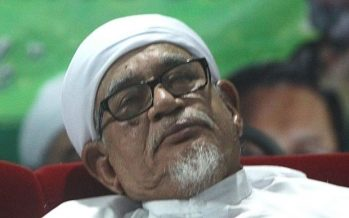 Hadi admitted to IJN, advised to rest