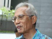 Kadir Jasin: Dr M was firm on power transition plan, Bersatu wasn't pleased