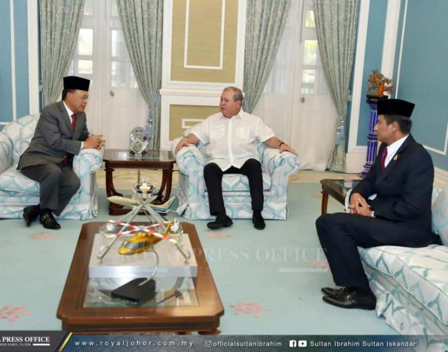 Embattled Osman Sapian meets sultan over his political fate