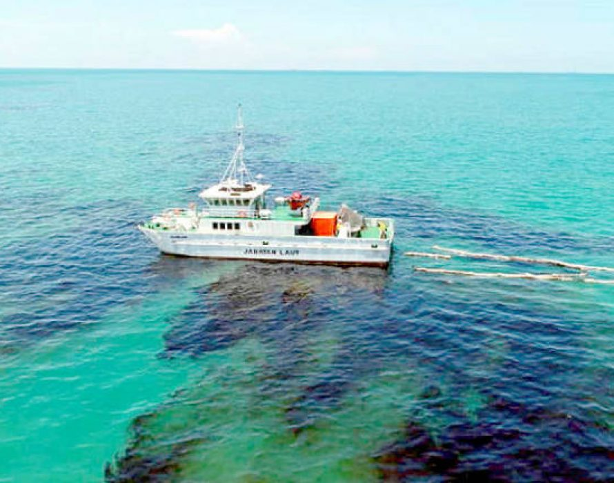 Foreign tankers: Suspected for dumping marine oil in Kota Tinggi