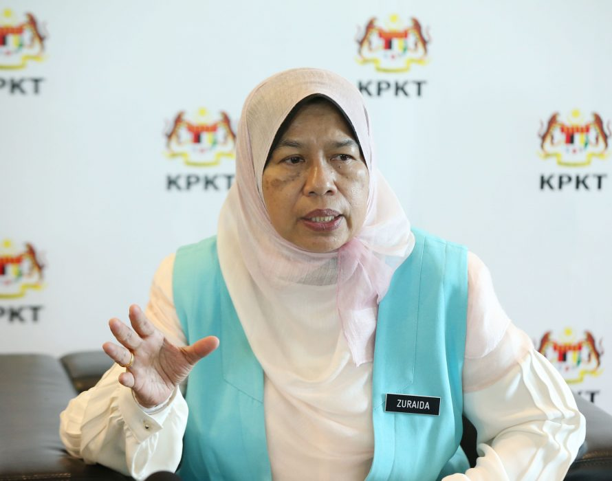 Zuraida: New policy to address abandoned housing projects
