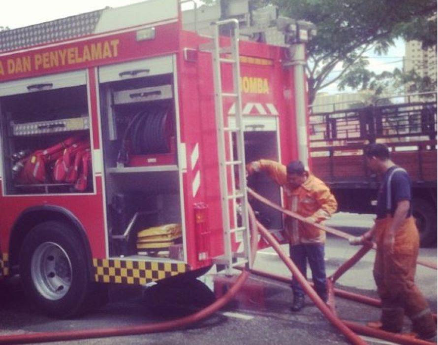 Man burns to death in car crash