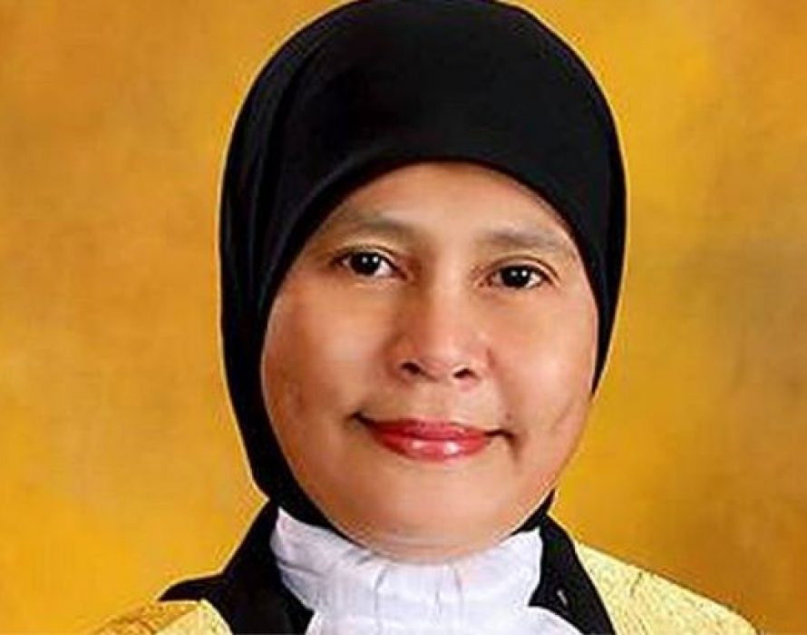 Tengku Maimun  is Malaysia's new Chief Justice