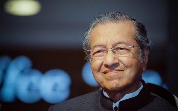 Dr. Mahathir slams TMJ as 'stupid' as escalating Johor-Putrajaya spat