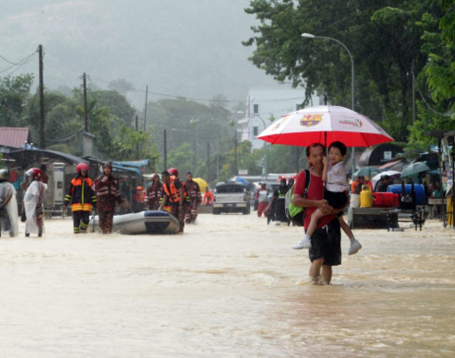 Flash floods in Penang, 51 victims evacuated