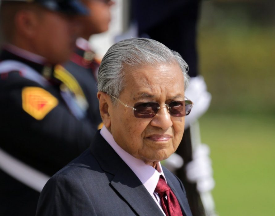 No cabinet reshuffle, Dr Mahathir clears the air, denying rumours