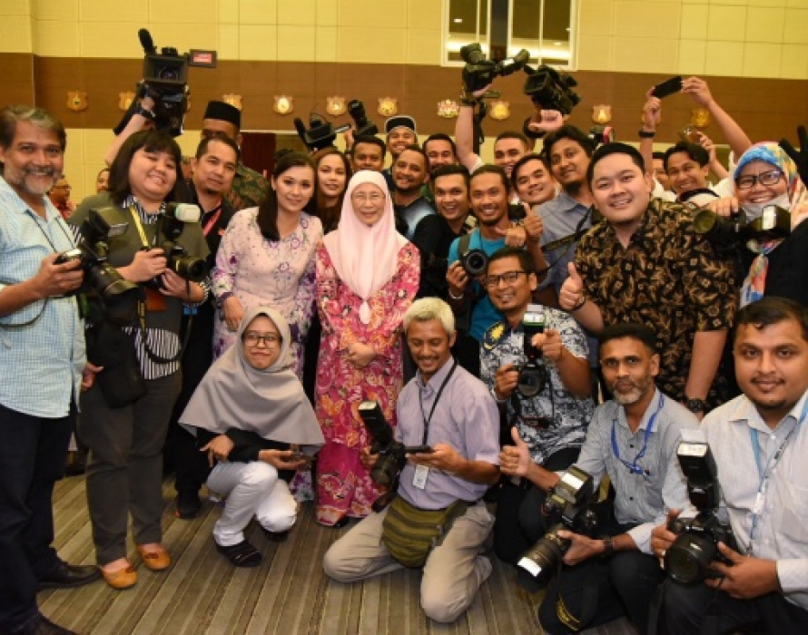 DPM: Media important for check and balance