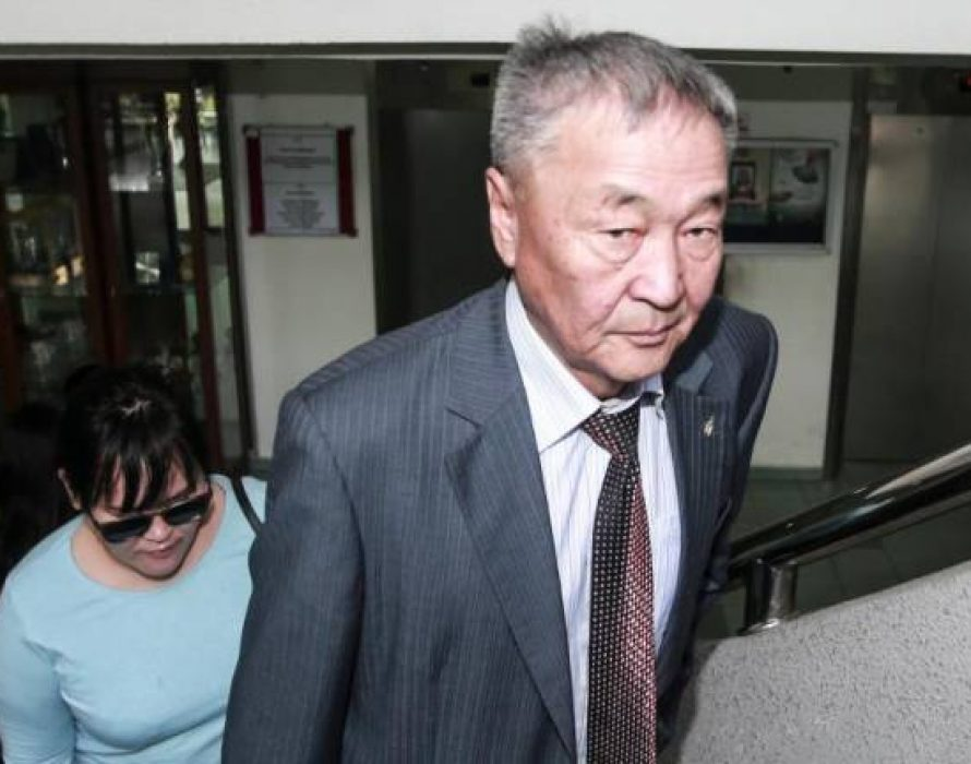 Altantuya's father: I have seen the photo of my daughter with two men