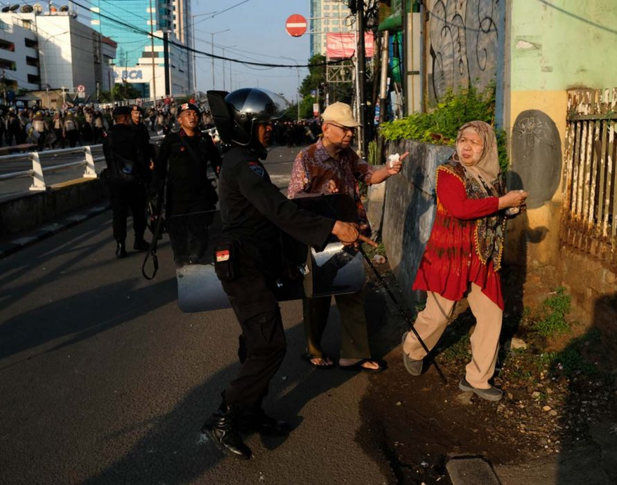 Jakarta riots: Jokowi announces zero tolerance to threats to unity