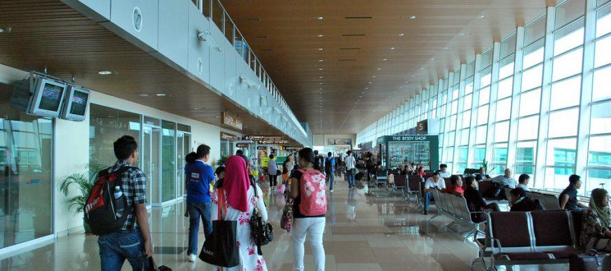 Bomb joke lands airline passenger in hot water