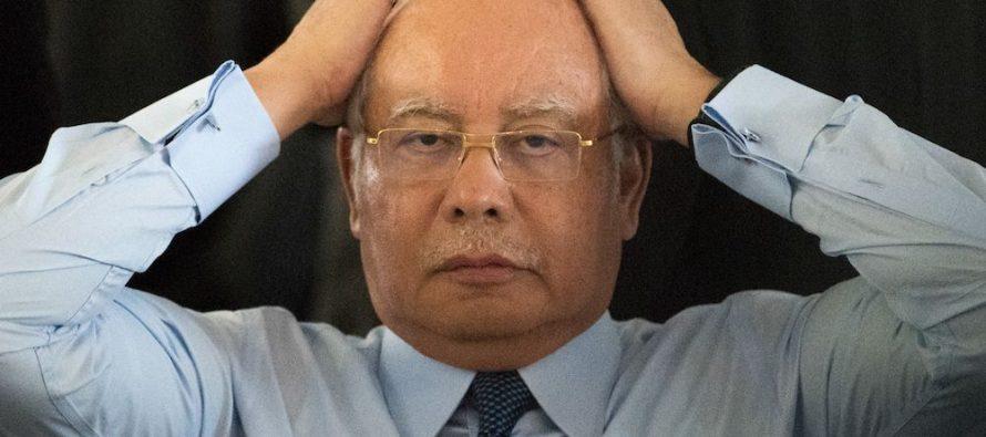 Najib: I'm not taking selfies, I used handphone as a mirror