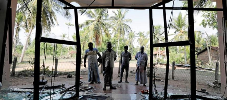 Anti-Muslim mobs riot despite curfew in Puttalam
