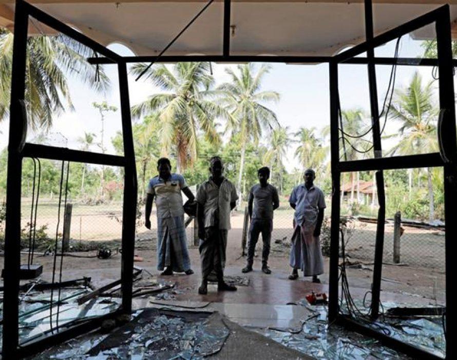 Anti-Muslim mobs riot despite curfew in Puttalam