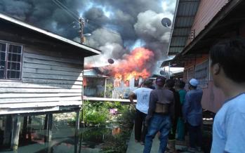 33 families left homeless in Karamunting fire