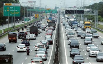 Slow traffic flow this morning on major expressways