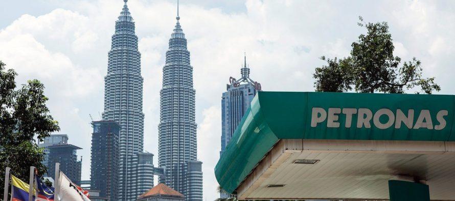 Tun M: Petronas geared towards achieving Paris Agreement