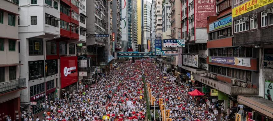 Hong Kong: Extradition bill backlash may cripple legislature