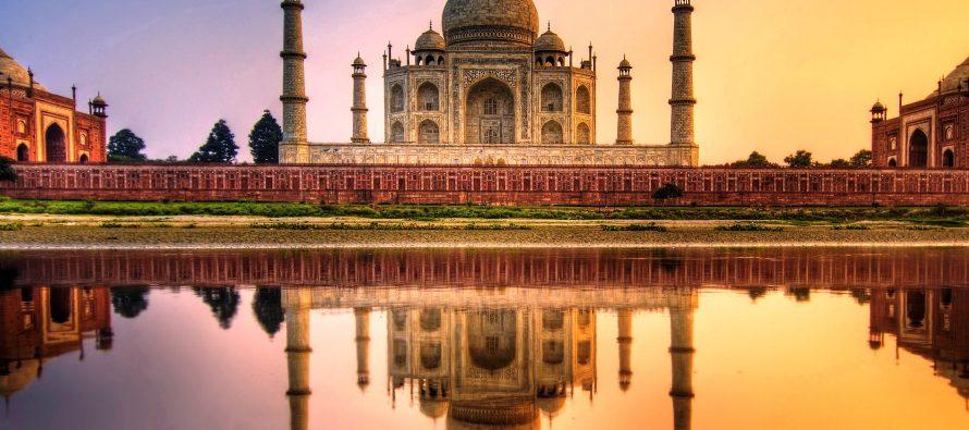 Rubbish mountain to rise higher than Taj Mahal