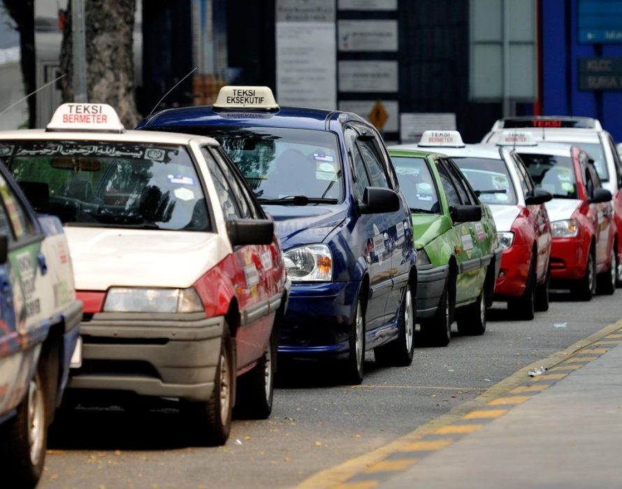 Taxi drivers to PM: We are struggling