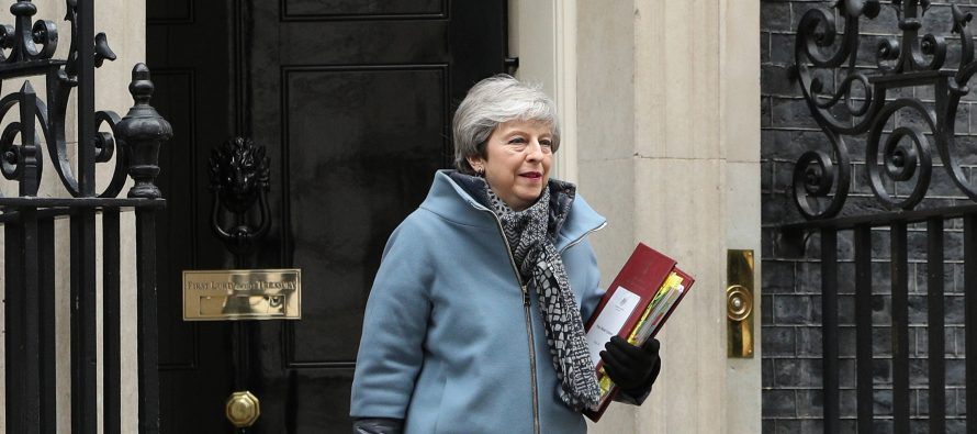 Theresa May quits as Conservative Party leader