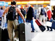 Man wears 15 shirts to not pay excess baggage fine on the flight