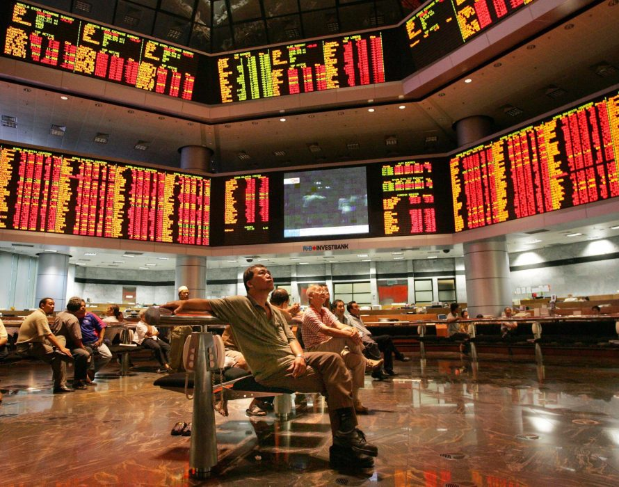 Early gains for KLCI amidst muted regional market