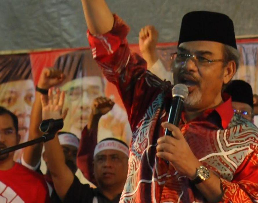 Tajuddin succeeds in striking out Pua, Loke suit