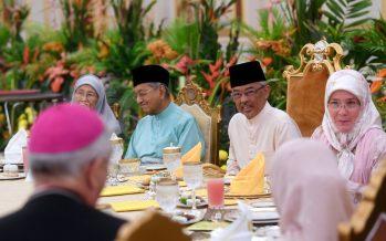 Agong departs for Malaysia after visiting Saudi Arabia