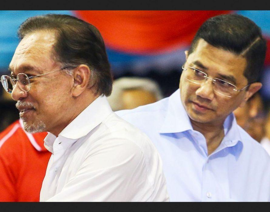 Azmin too backs Dr Mahathir for full term as PM