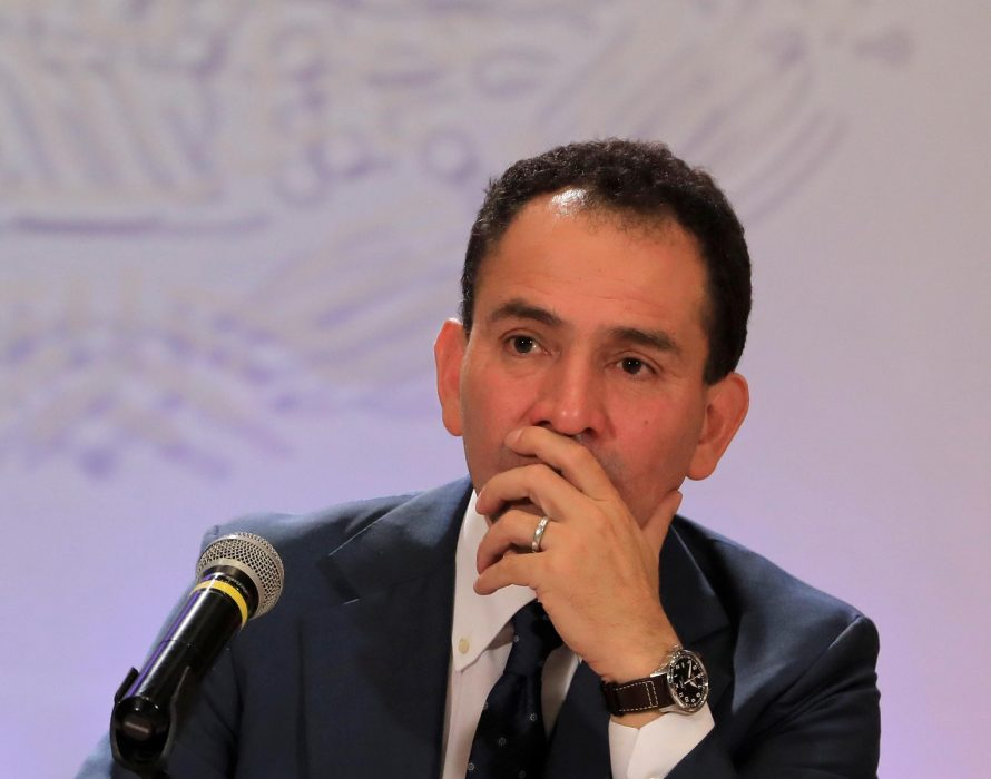 Mexico unveils $25 billion stimulus package to boost economy