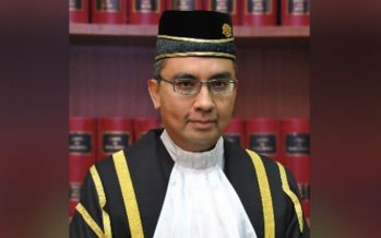 Judge turns down Najib's adjournment application