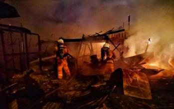 Fire leaves seven families homeless