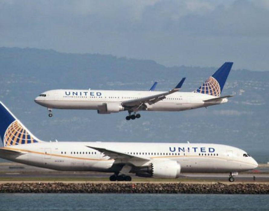 Malaysian voyeur in plane toilet charged in US