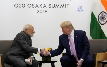 Trump urges India and Pakistan to reduce tensions