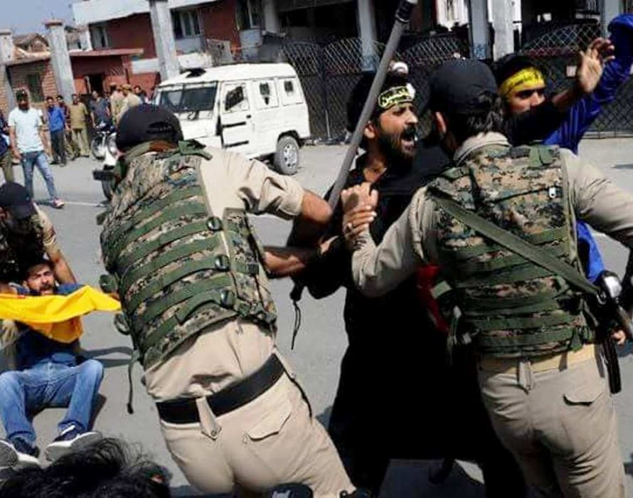 Kashmir under curfew after Shia – security clashes