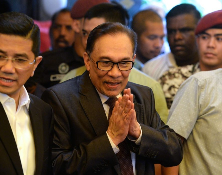 Anwar: Azmin can have special session to discuss matter with me