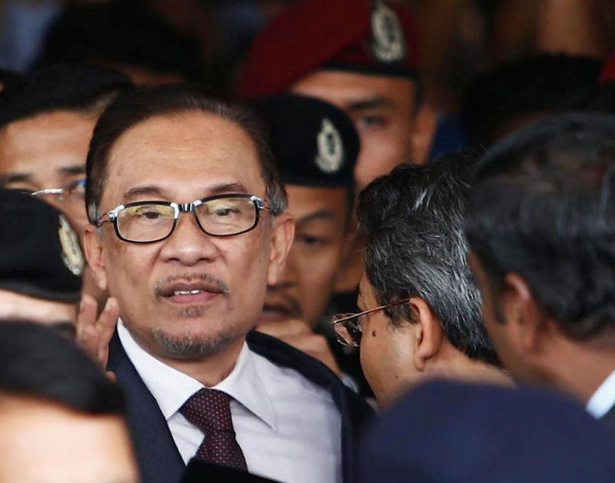 Anwar shoots down Lim's call for RCI on poverty