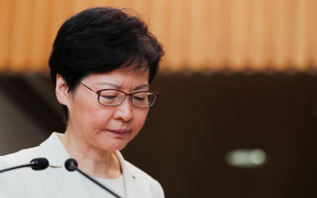 HK leader to hold first community talks in bid to end crisis