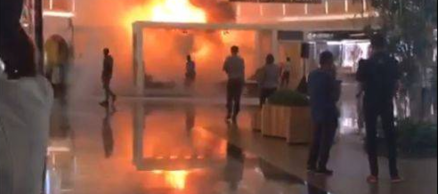 Furniture booth catches in fire in JB mall, public puts it out