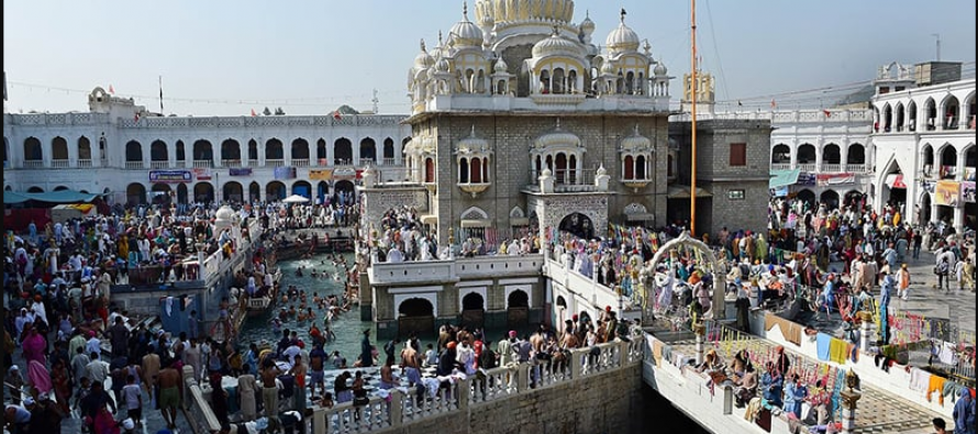 Indian pilgrim corridor to Pakistan Sikh temple planned for Nov opening