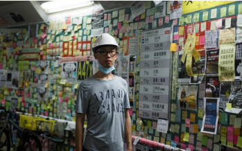 Pro-Beijing groups tear down Hong Kong's protest walls