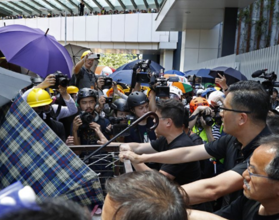 Amnesty: Investigate police action against HK protesters