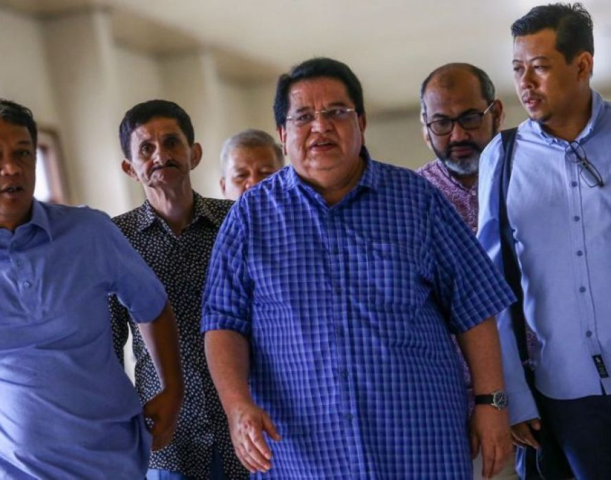 High Court orders Tengku Adnan to enter defence on RM2 million bribery case