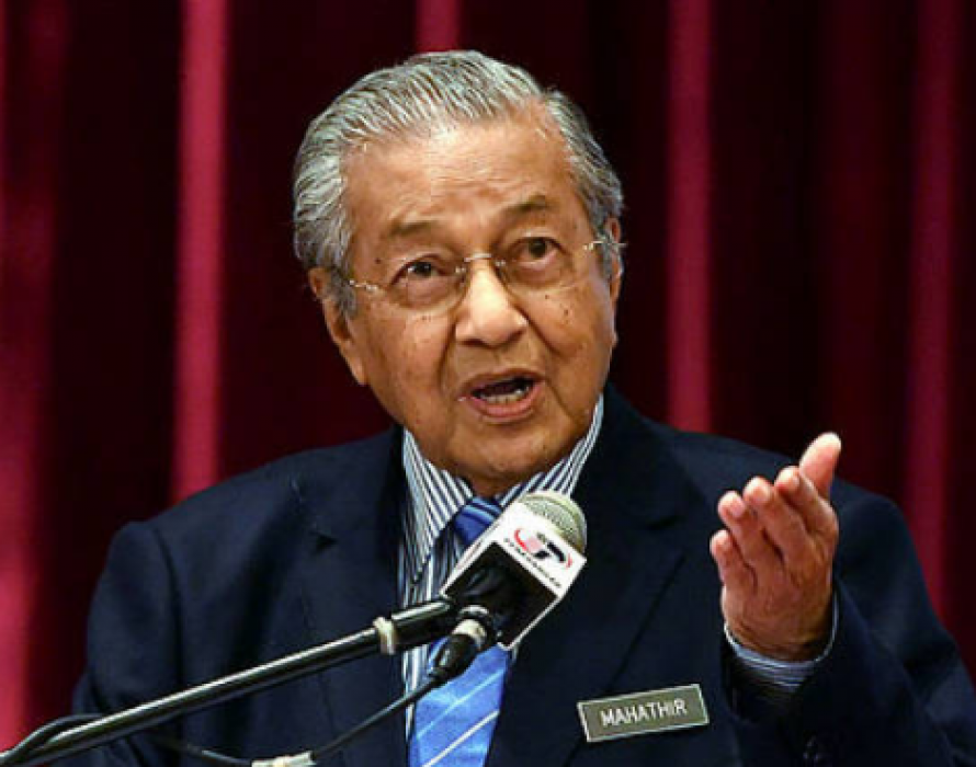 Dr M to superpowers: Move away your warships from South China Sea