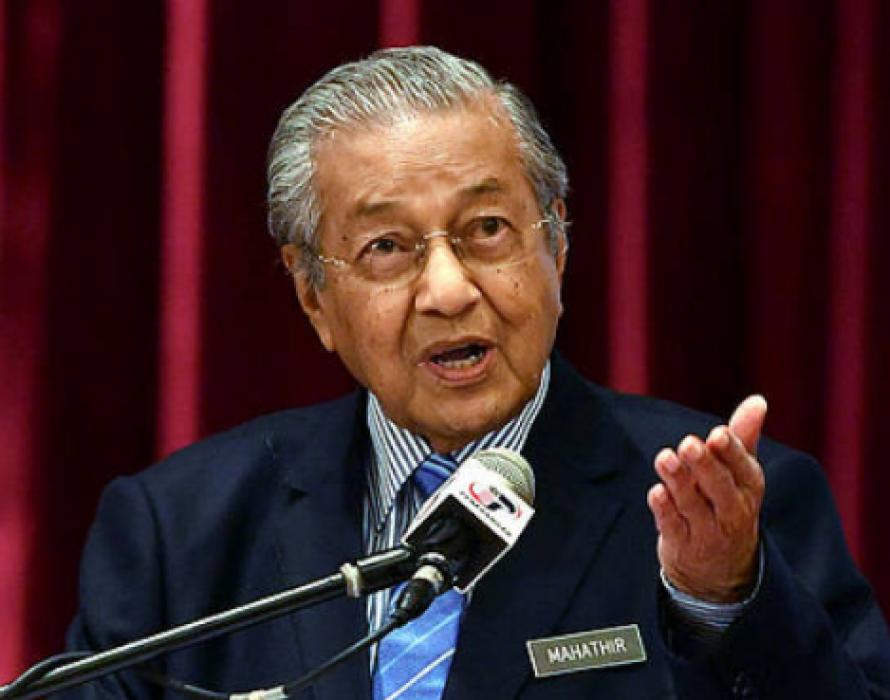 Defiant Mahathir stands by Kashmir comments