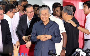 Mahathir: Govt won't give citizenship to foreigners just for property
