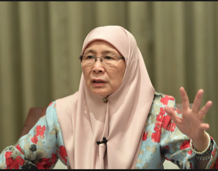 Wan Azizah: PKR political bureau will decide on Salleh's application